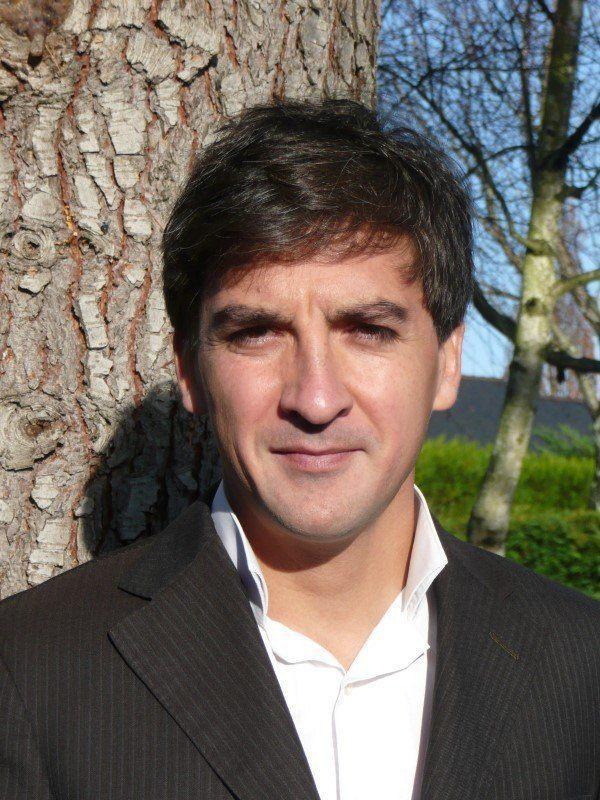 Arnaud Sylvain, Conseiller financier indépendant